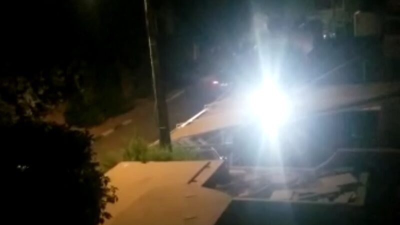 فيديو ، امام صمت الجهات الوصية على أمن المدينة:نجل كولونيل متقاعد ينشر الفوضى والضجيج بحي مبروكة،بمراكش.