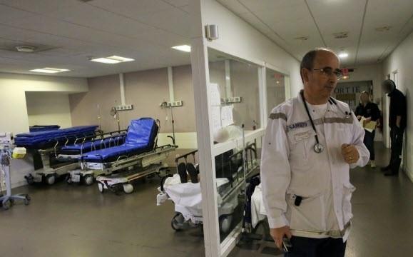 توشيح طبيب مراكشي بوسام شرفي في فرنسا